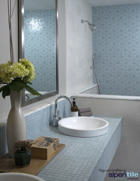 Glass Mosaic Patterns Bathroom_logo